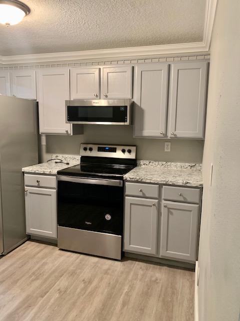 $775 / 1br – 900ft2 – Half off rent Renovated 1 bedroom 1 Bath. 1206 E Poplar St #5A (Pocatello)