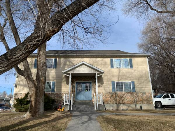Renovated, Large! 3 bed 2 bath